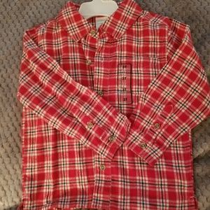 Long sleeve red plaid flannel shirt